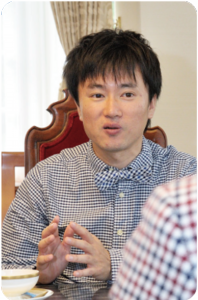 株式会社ループスコミュニケーションズ 岡村 健右氏